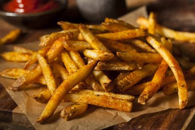 """Get a Free Order of Fries When You Join """"The Club"""" on the Wingstop Website for a Limited Time Only"""