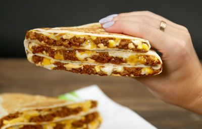 Taco Bell Rolls Out the New Grande Stacker