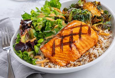 New Sesame-Soy Salmon Bowl Arrives at Red Lobster
