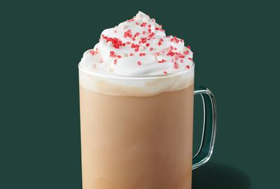 New Toasted White Chocolate Mocha Lands at Starbucks for the Holidays