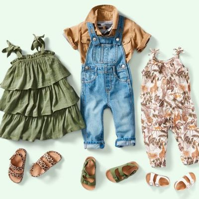 Old Navy Canada Deals: Save Up to 50% OFF Men's Styles + Kids Jeans $12 + Adults Jeans $15 + More