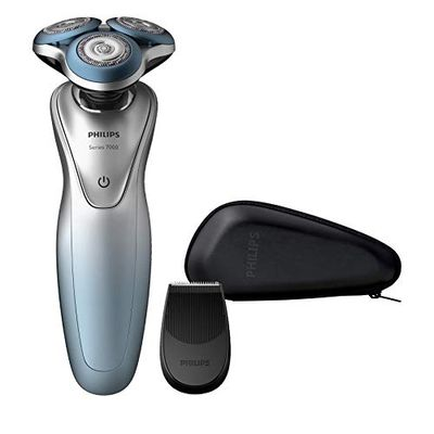 Philips Shaver Series 7000 with Precision Trimmer, S7910/16 $139.99 (Reg $199.99)